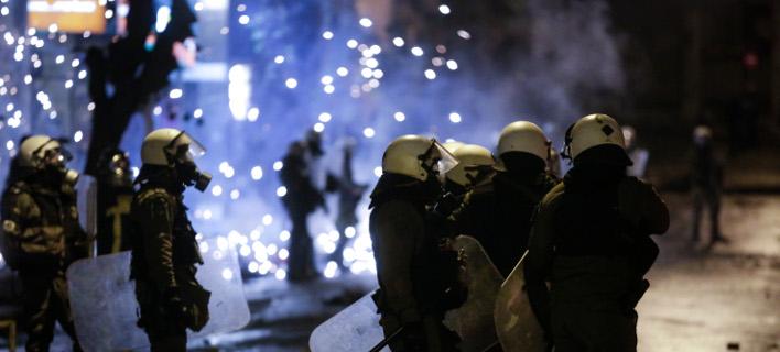 πεδίο μάχης τα Εξάρχεια/Φωτογραφία: Eurokinissi