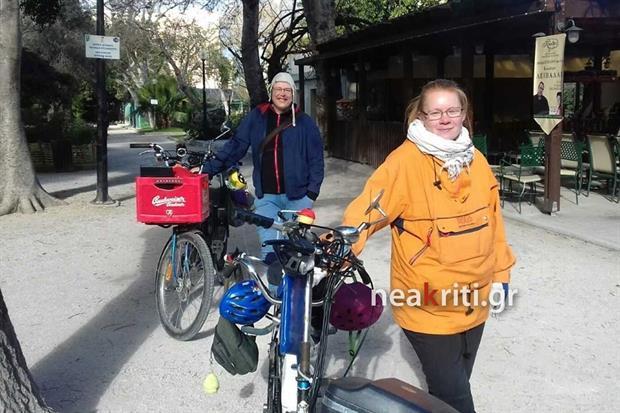 Οικογένεια από τη Φινλανδία έφτασε με ποδήλατο στα Χανιά -Με παιδιά 3, 6 και 8 ετών! (εικόνες)