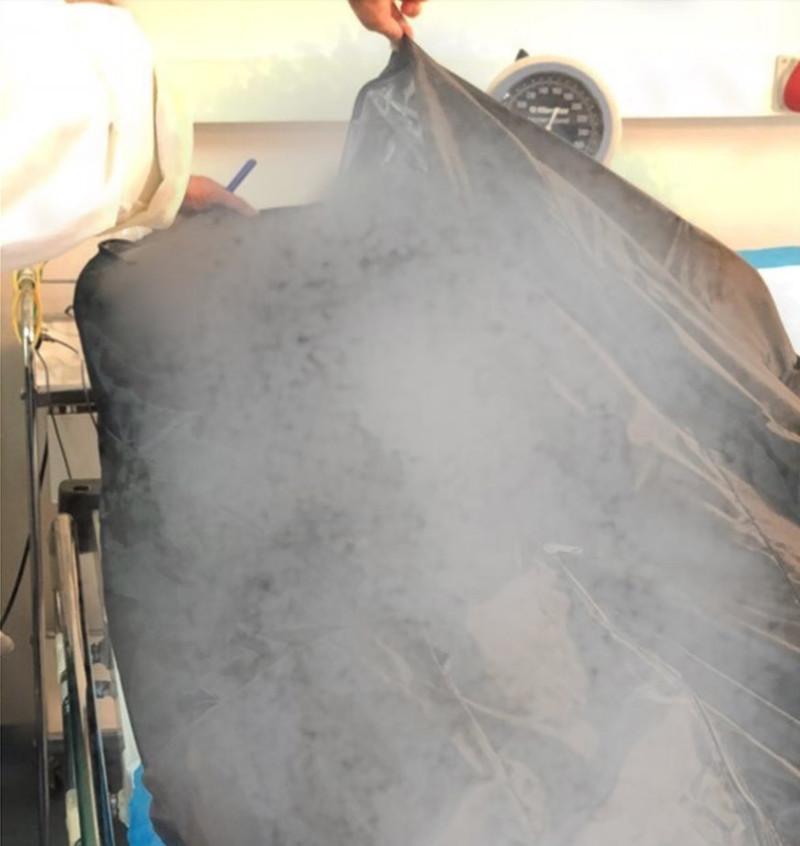 Ο πρώτος νεκρός που έφθασε στο Σισμανόγλειο απο την φωτιά στο Μάτι