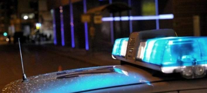 Παραδόθηκε ο δράστης της δολοφονίας έξω από κέντρο διασκέδασης στον Πειραιά