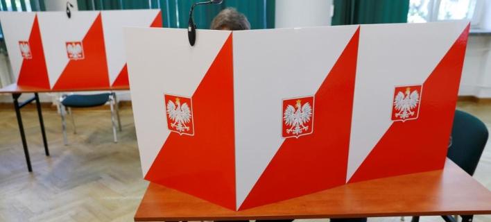 Το κυβερνών κόμμα προηγείται στις τοπικές εκλογές /Φωτογραφία: AΡ