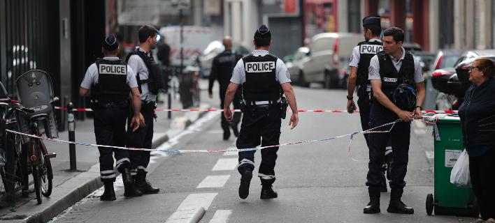 Τρομοκρατική επίθεση με μαχαίρι στο Παρίσι- Το ISIS ανέλαβε την ευθύνη