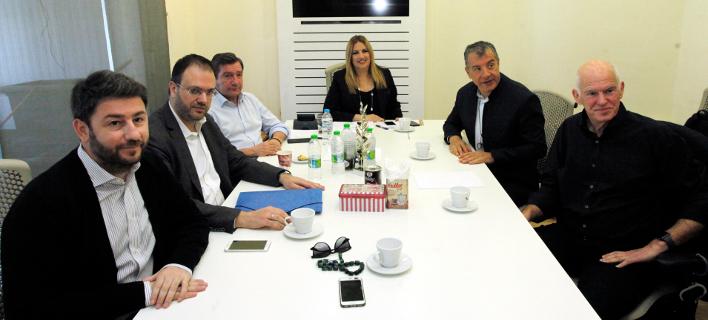 Το Πολιτικό Συμβούλιο του Κινήματος Αλλαγής -Φωτογραφία: //ΧΡΗΣΤΟΣ ΜΠΟΝΗΣ//EUROKINISSI