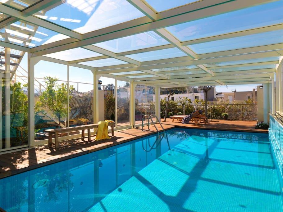Airbnb: 10 σπίτια με πισίνα στο κέντρο της Αθήνας που κάνουν θραύση!