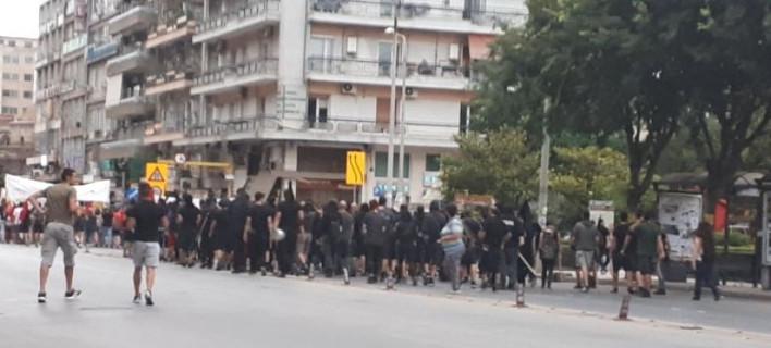 Τους ανέκοψε μπλόκο της αστυνομίας, φωτογραφία: thestival