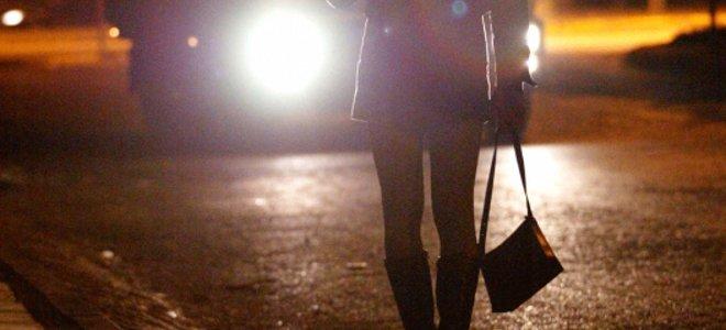ΑΛΕΞΑΝΔΡΟΥΠΟΛΗ: 35χρόνη Βουλγάρα… έβγαζε στο πεζοδρόμιο 29χρόνη!