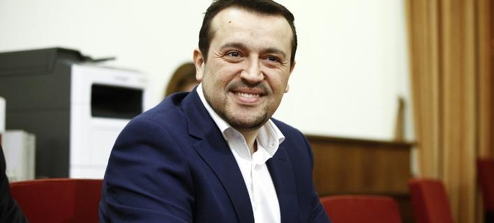 Μετά την άτακτη οπισθοχώρηση για τις τηλεοπτικές άδειες, ο Νίκος Παππάς μιλάει για δικαίωση