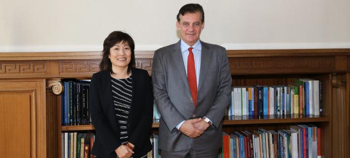 Συνάντηση της πρέσβειρας της Κίνας με τον Πρύτανη του ΕΚΠΑ