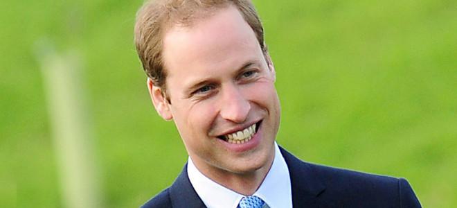 Η κρίση λυγίζει και τους πρίγκιπες; Ο Γουίλιαμ πετάει με απλό εισιτήριο οικονομι