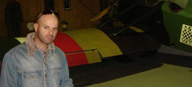 Ο Κερκυραίος κομμωτής που μιλάει με την Τρόικα -Το email που του έστειλε ο Ματίας Μορς [εικόνες]