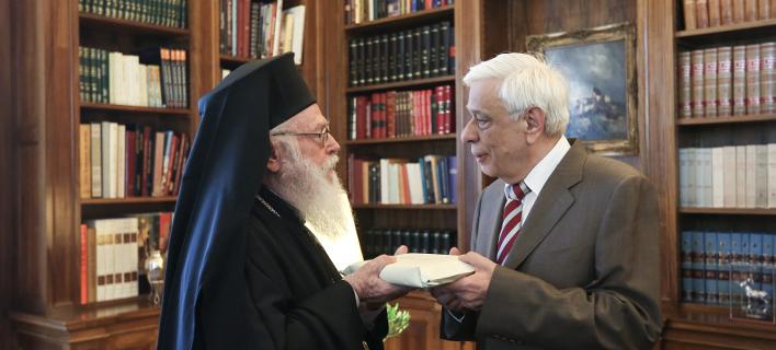 Φωτογραφία: Intime/  Παυλόπουλος: Η χορήγηση Αλβανικής ιθαγένειας στον Αρχιεπίσκοπο Αναστάσιο είναι ένα σημαντικό βήμα για την βελτίωση των σχέσεων Ελλάδας και Αλβανίας