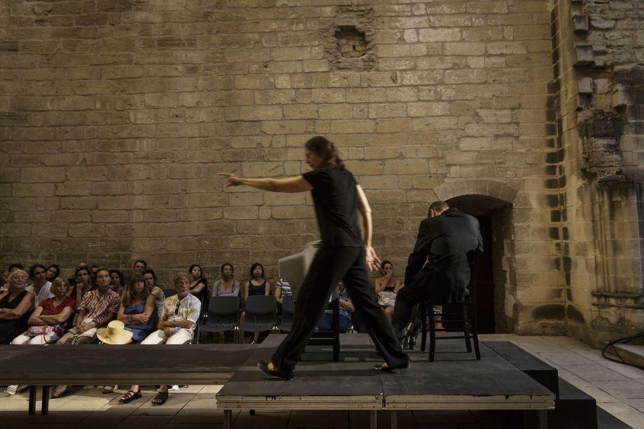 Αιρετικός σκηνοθέτης στήνει πασαρέλα στη Μικρή Επίδαυρο και παρουσιάζει τον Αισχύλο!(photos)