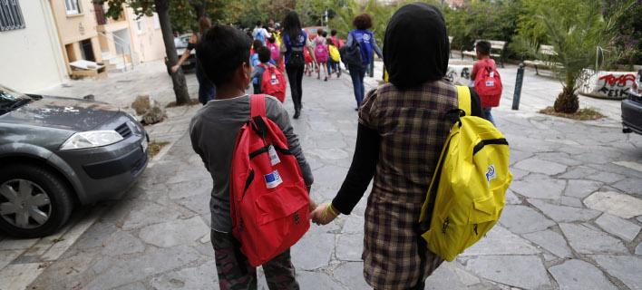 Την απομάκρυνση των προσφυγόπουλων από τη Μόρια ζητούν πολίτες (Φωτογραφία αρχείου: EUROKINISSI/ΣΤΕΛΙΟΣ ΜΙΣΙΝΑΣ)