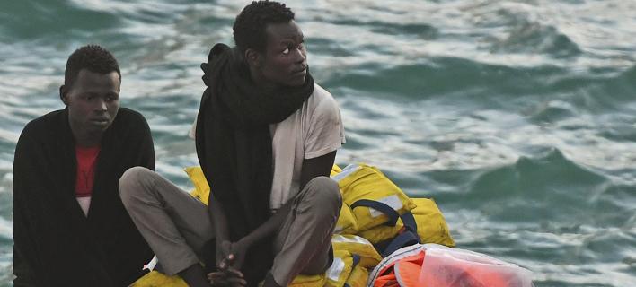 Σάλος με διάσωση προσφύγων (Φωτογραφία αρχείου: AP/ Jonathan Borg)