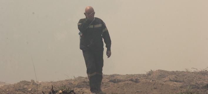 Δραματική κατάσταση, δύσκολες ώρες για τους πυροσβέστες/ΦΩΤΟΓΡΑΦΙΑ: EUROKINISSI