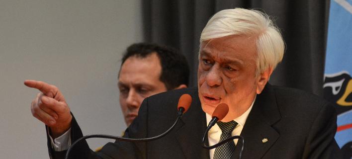 Μήνυμα Παυλόπουλου σε Σκόπια: Ξεχάστε το ΝΑΤΟ αν δεν εξαλείψετε τους αλυτρωτισμούς [βίντεο]