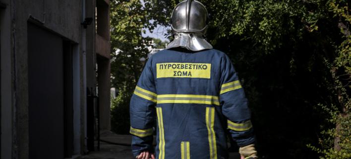 Φωτιά στο hotspot προσφύγων στον Βόλο (Φωτογραφία αρχείου: EUROKINISSI/ΒΑΣΙΛΗΣ ΡΕΜΠΑΠΗΣ)