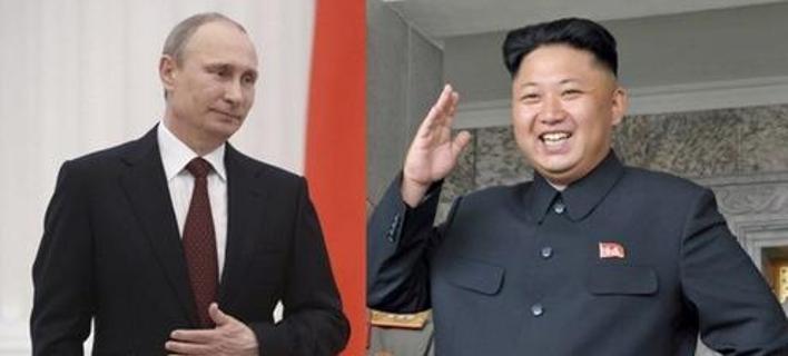 O Ρώσος πρόεδρος Βλαντίμιρ Πούτιν και ο Βορειοκορεάτης ηγέτης Κιμ Γιονγκ Ουν