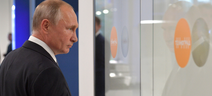 Βλαντίμιρ Πούτιν (Φωτογραφία: Alexei Druzhinin, Sputnik, Kremlin Pool Photo via AP)