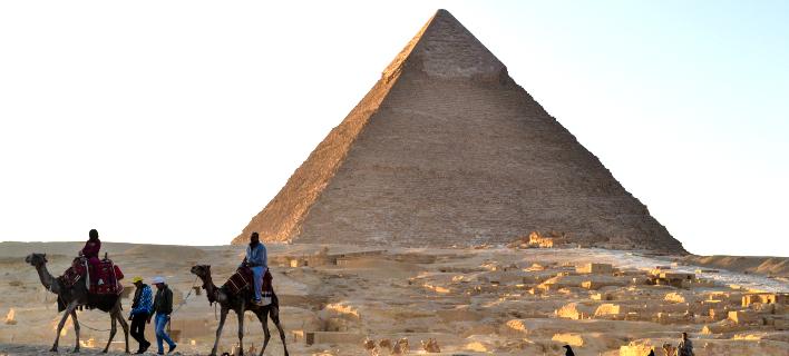 Φωτογραφία: AP/ Θρόνος από μετεωρίτες κρύβεται στην τρύπα της Πυραμίδας του Χέοπα;