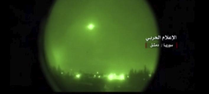 Πύραυλος πάνω από τη Δαμασκό (Φωτογραφία: AP)