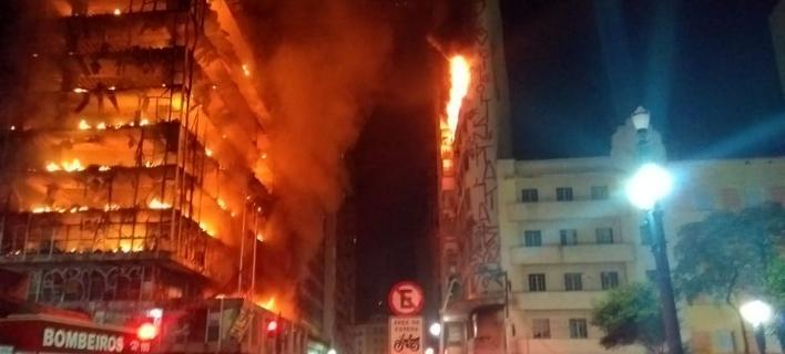 Ουρανοξύστης στο Σάο Πάολο κατέρρευσε μετά από πυρκαγιά/Φωτογραφία: Corpo de Bombeiros de São Paulo,Twitter