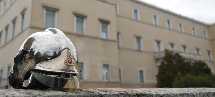 Κραυγή αγωνίας και απόγνωσης από τους πυροσβέστες / Φωτογραφία: EUROKINISSI/ΣΤΕΛΙΟΣ ΜΙΣΙΝΑΣ
