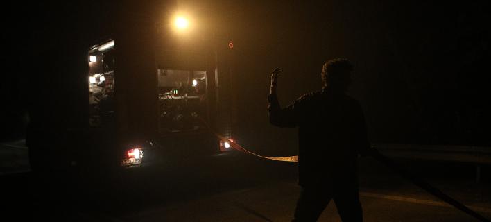 Η Ευρυδίκη «σαρώνει» τη Σύμη: Δυνάμεις της πυροσβεστικής μεταβαίνουν στο νησί