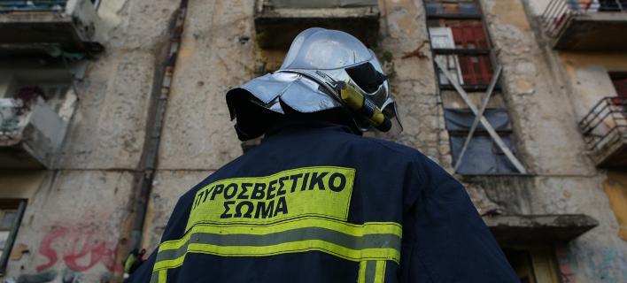 Οι πυροσβέστες έσβηναν τη φωτιά και οι Ρομά τους... έκλεβαν -Φωτογραφία αρχείου: Intimenews