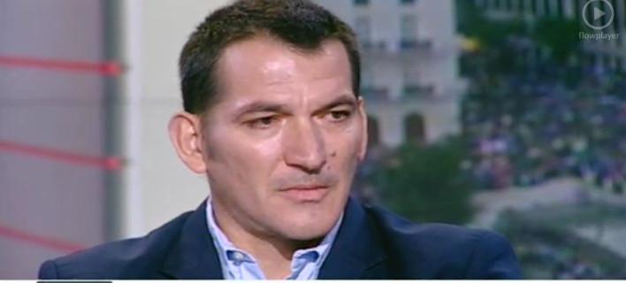 «Λύγισε» ο Πύρρος Δήμας – Βουρκωμένος είπε: Μην περάσουμε όσα πέρασα εγώ στην Αλβανία [εικόνες]