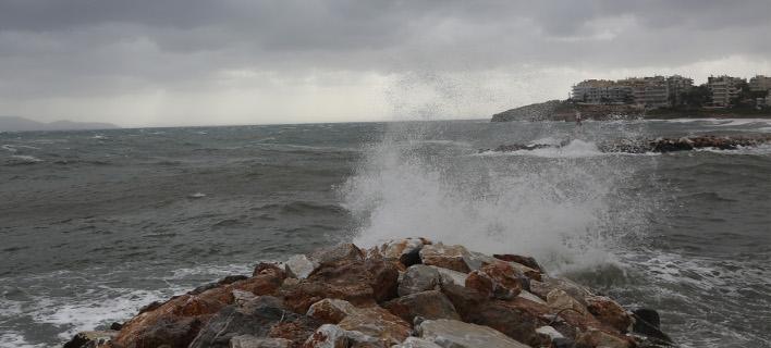 Ανεμοι 10 μποφόρ και βροχές ως την Κυριακή/Φωτογραφία: IntimeNews
