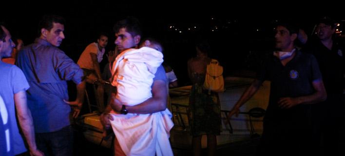 επιχείρηση διάσωσης στη Ραφήνα/Φωτογραφία: Eurokinissi/ΘΑΝΑΣΗΣ ΔΗΜΟΠΟΥΛΟΣ