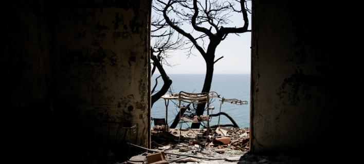 Η μάχη στη φονική πυρκαγιά χάθηκε στην Πεντέλη, τονίζουν οι δασοφύλακες (Φωτογραφία: EUROKINISSI/ ΣΤΕΛΙΟΣ ΜΙΣΙΝΑΣ)