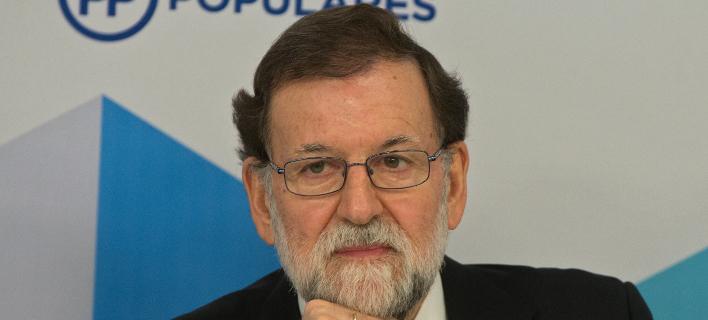 O Ραχόι προειδοποίησε ότι δεν θα δεχθεί οποιαδήποτε κίνηση για την παραβίαση του ισπανικού συντάγματος (Φωτογραφία: ΑΡ)