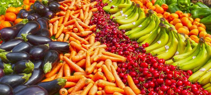 Η κατανάλωση ωμών φρούτων συνδέεται με την καλύτερη ψυχική υγεία. Φωτογραφία: Pexels
