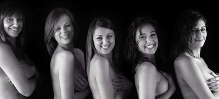 Τα σέξι κορίτσια με τη σφυρίχτρα -Γυναίκες διαιτητές γδύθηκαν και πόζαραν για ημερολόγιο [εικόνες]