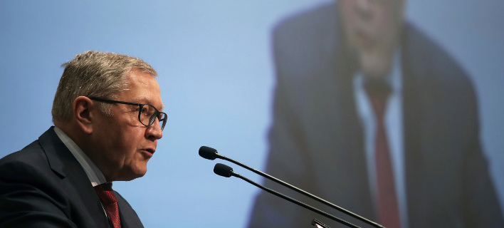 Ρέγκλινγκ: Μπορούμε να διακόψουμε τα μέτρα για το χρέος αν η Ελλάδα δεν τηρήσει τα συμφωνηθέντα