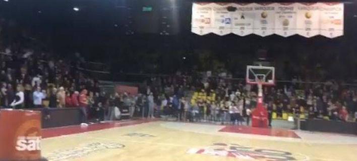 5.000 θεατές έψαλλαν όρθιοι τη Μασαλιώτιδα (Φωτογραφία: Twitter)