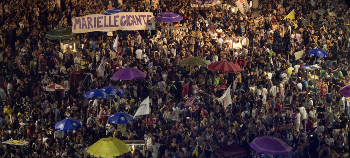 Στους δρόμους οι Βραζιλιάνοι για τη δολοφονία της ακτιβίστριας Μαριέλε Φράνκο [εικόνες]