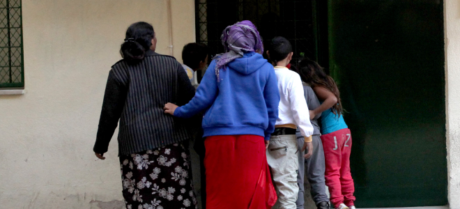 Το DNA έδειξε τη βιολογική μητέρα -Παιδί της Ρομά από τα Ανω Λιόσια είναι το βρέ