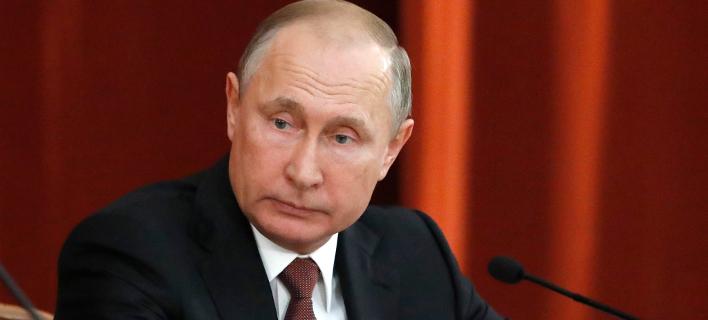 Πούτιν σε Πατριάρχη Αλεξανδρείας: Πονάμε για τις ανθρώπινες ζωές που χάθηκαν στην πυρκαγιά