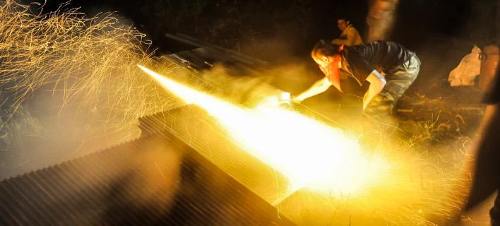 Xίος: Ντου της αστυνομίας σε εγκαταλελειμμένο κτίριο -Βρήκαν 59 ρουκέτες