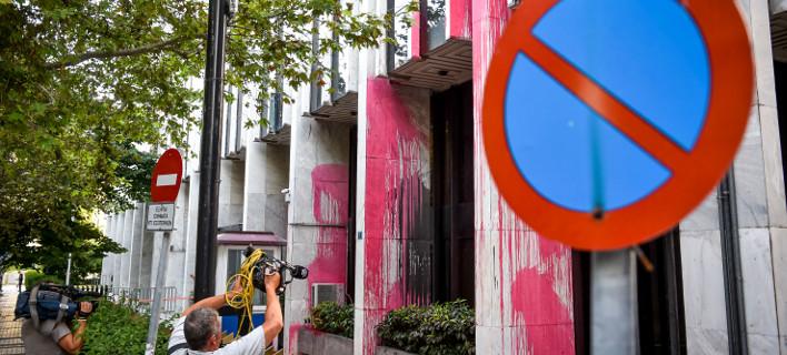 Βρέθηκε κάμερα στο σακίδιο ατόμου σε έλεγχο αστυνομικού της ΔΙΑΣ στο Σύνταγμα -Φωτογραφία: EUROKINISSI/ΤΑΤΙΑΝΑ ΜΠΟΛΑΡΗ