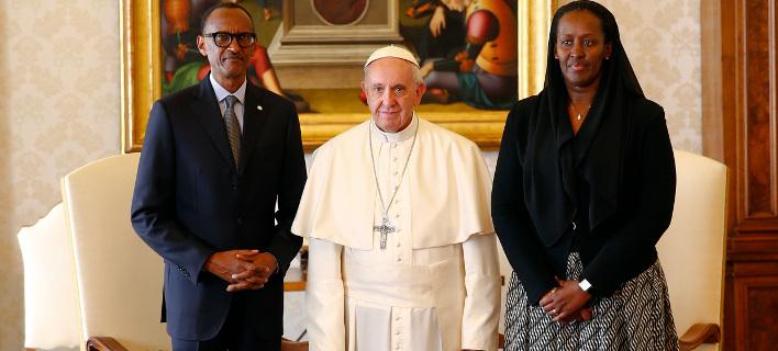 Βατικανό: Συγγνώμη για τη γενοκτονία της Ρουάντα ζήτησε ο πάπας Φραγκίσκος