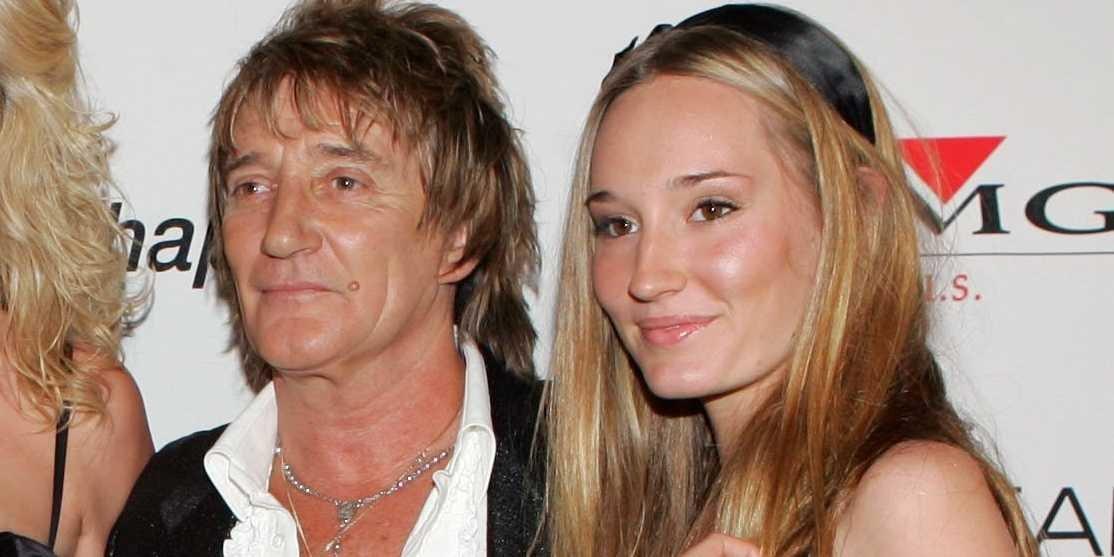 Η 26χρονη Ρούμπι Στιούαρτ είναι κόρη του Ροντ Στιούαρτ