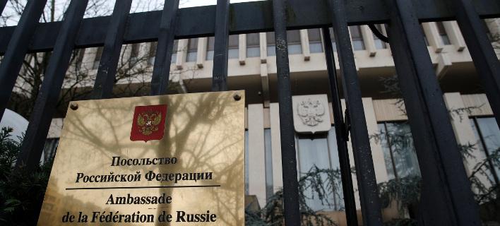 4 Ρώσους διπλωμάτες θα απελάσει η Γαλλία. Φωτογραφία: AP