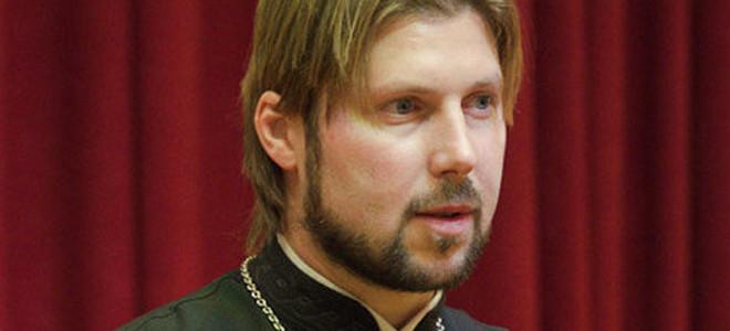 Χειροπέδες σε Ρώσο ιερέα -Κατηγορείται για σεξουαλική κακοποίηση παιδιών στην Κω