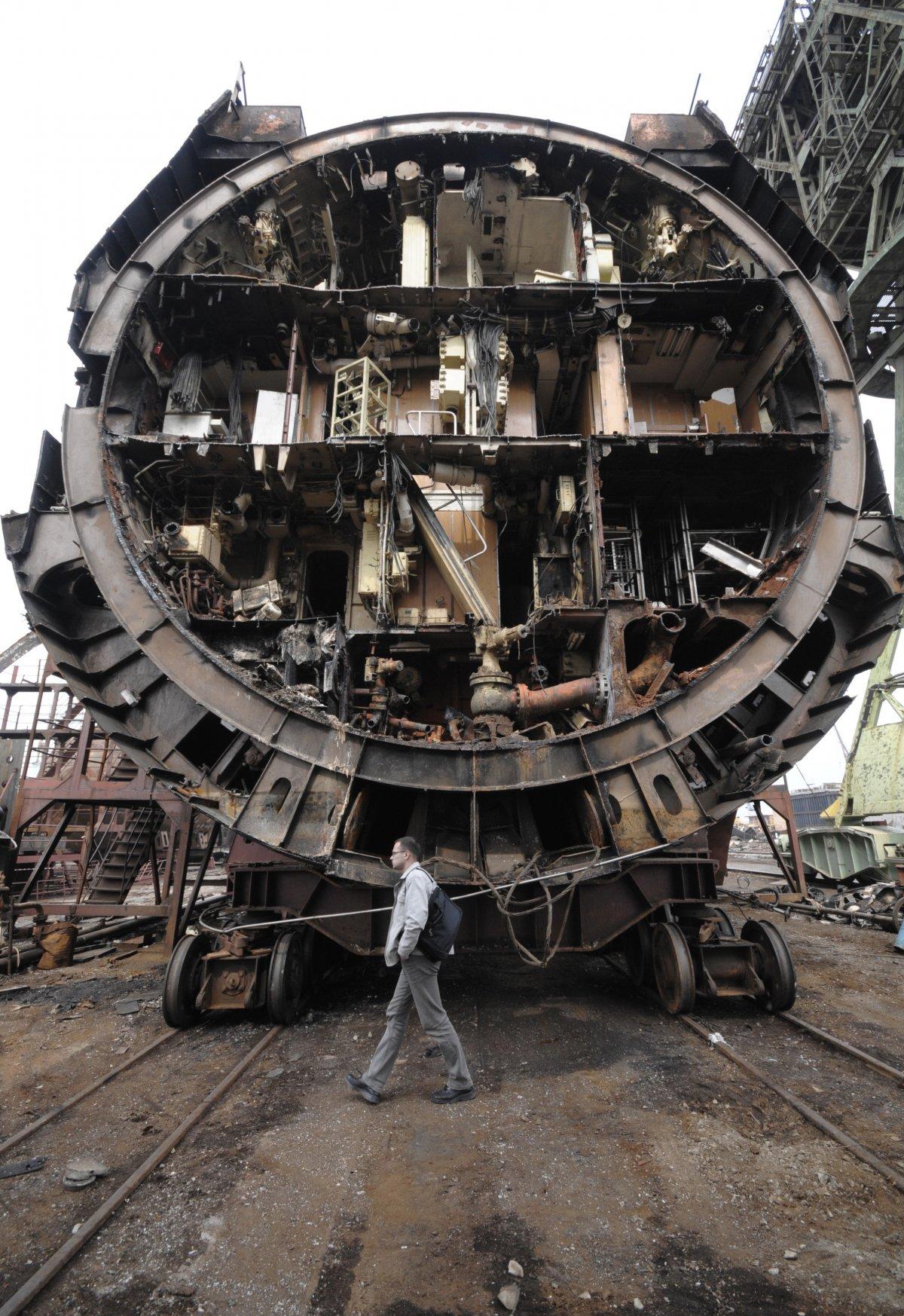 Οι ρώσοι έκαναν... κομμάτια ένα πυρηνικό υποβρύχιο