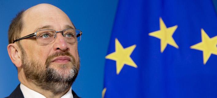 Δραματικοί τόνοι από τον Σούλτς: Η ΕΕ κινδυνεύει να καταρρεύσει