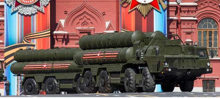 Οι ρωσικοί S-400 -Φωτογραφία: AP